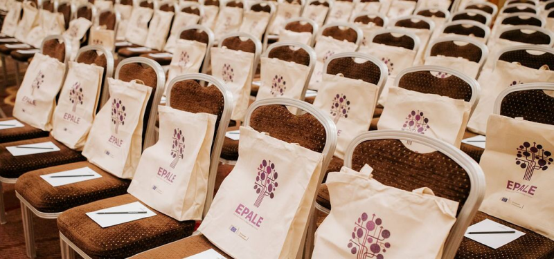 EPALE delegate bags on conference chairs