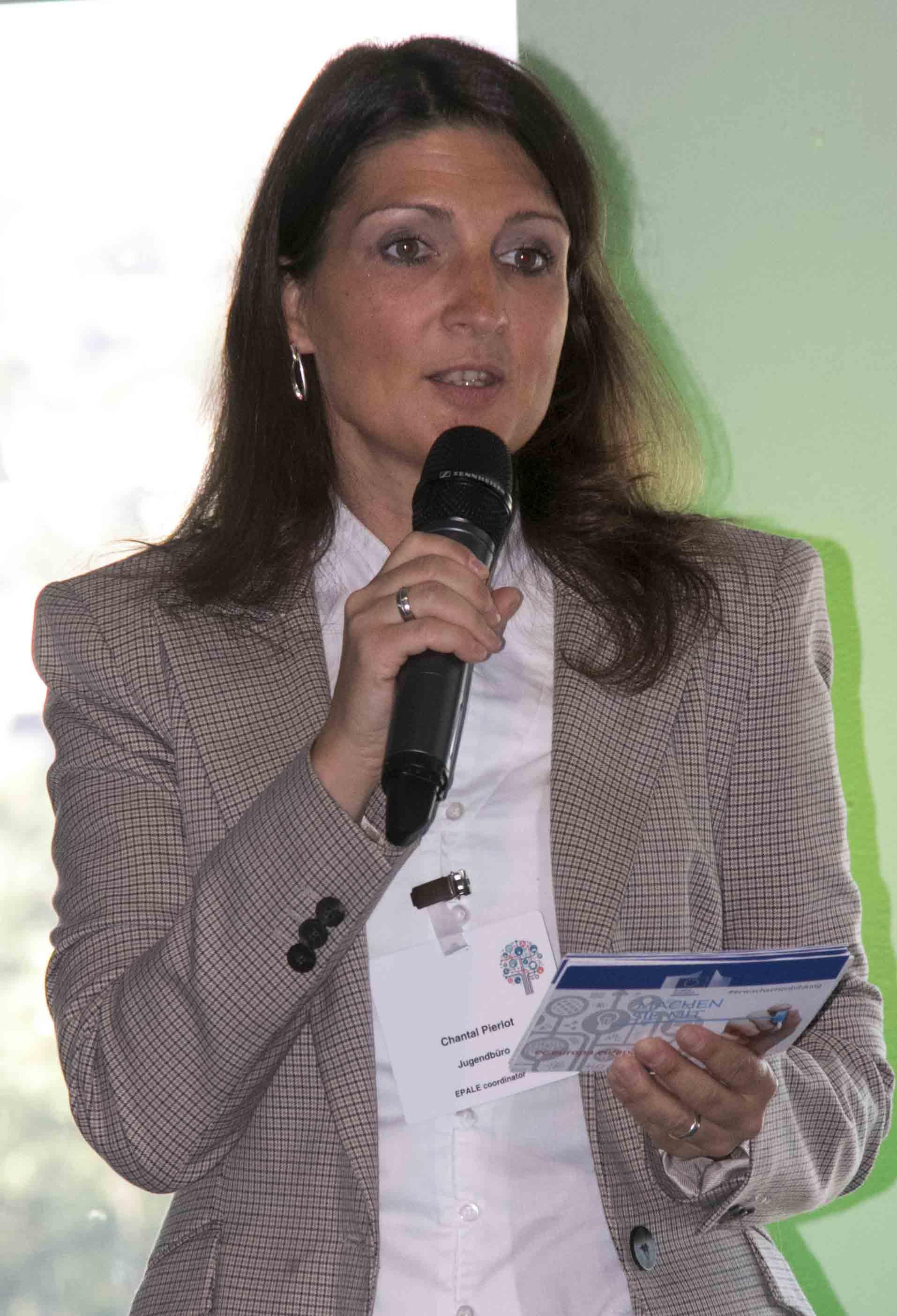 Chantal Pierlot