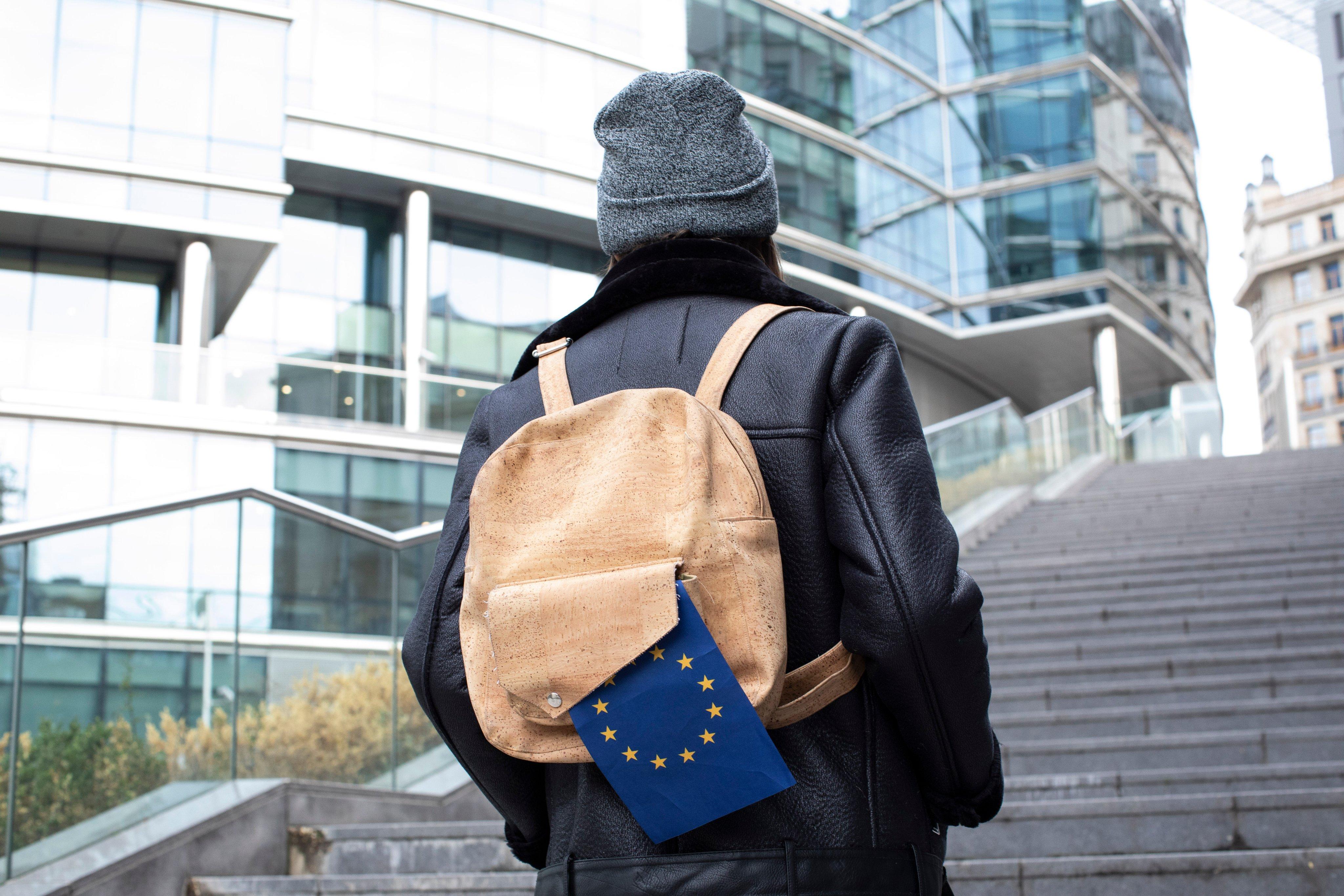 Erasmus+: La UE invertirá más de 3 000 millones de euros en jóvenes europeos para estudiar o formarse en el extranjero en 2020