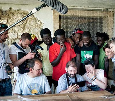 I ragazzi della Comunità XXIV Luglio L'Aquila, con i migranti intervistati