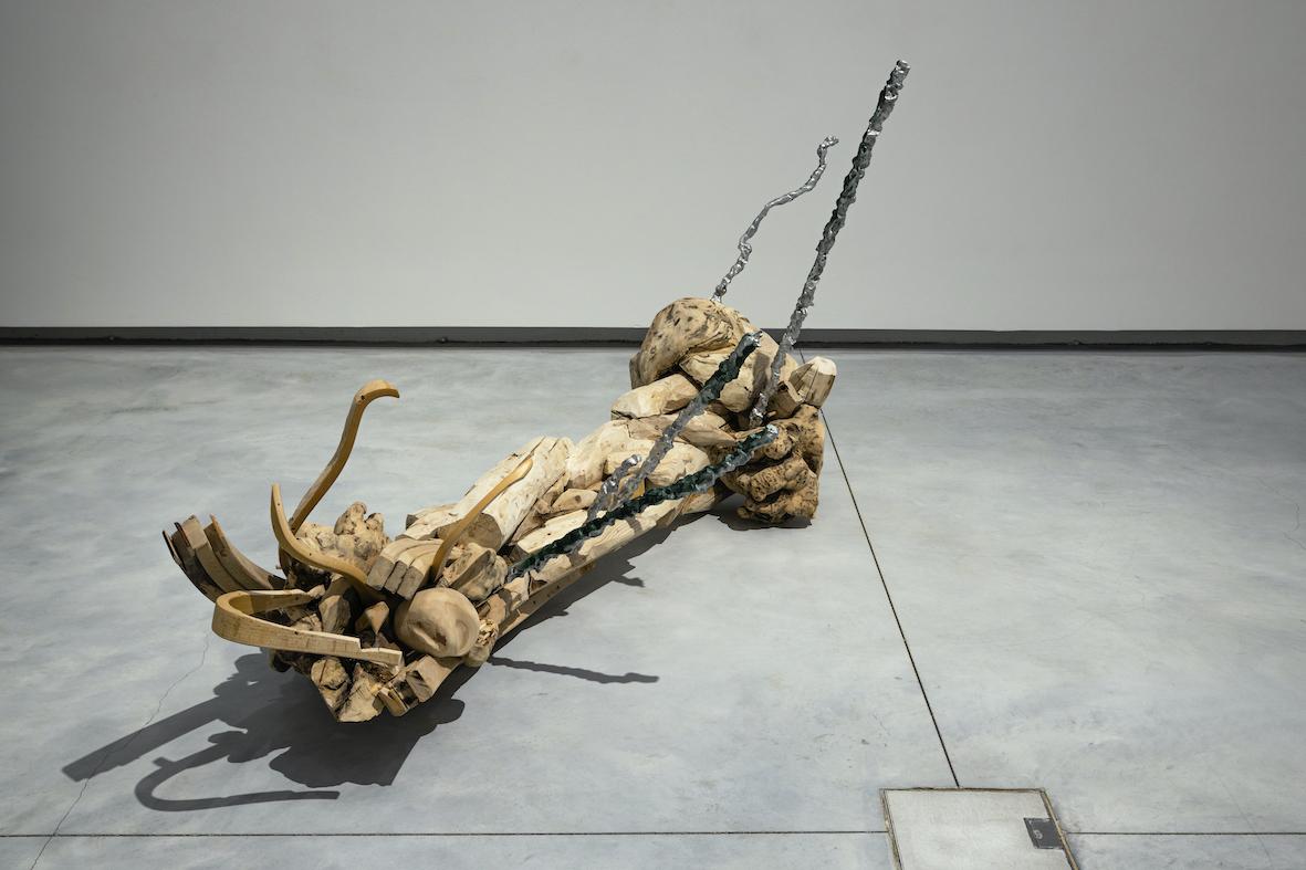 """Johanna Gustafsson Fürst """"Vågen"""", 2020. Installationsvy från andra delen av utställningen """"Ympa orden, piska min tunga"""" på Accelerator 2020. Foto: Christian Saltas."""
