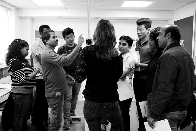 Reportage langues plurielles la formation des adultes for Formation restauration collective