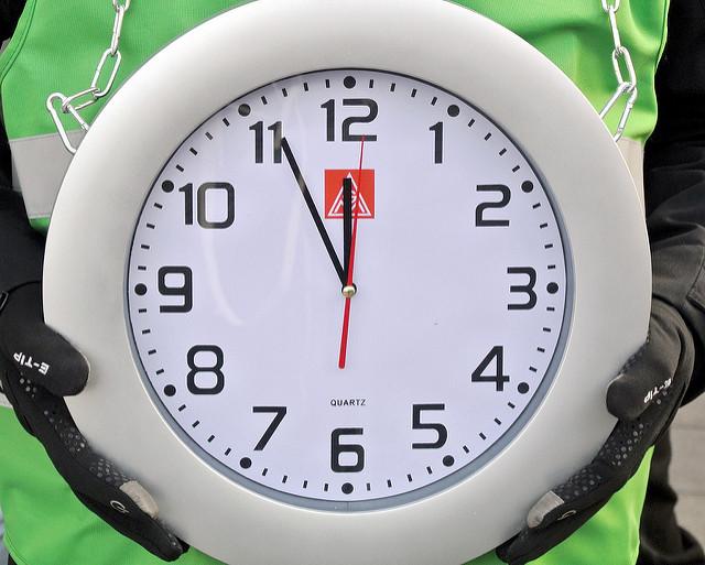 IG Metall-Uhr von impresepossibili.it, CC BY NC 4.0