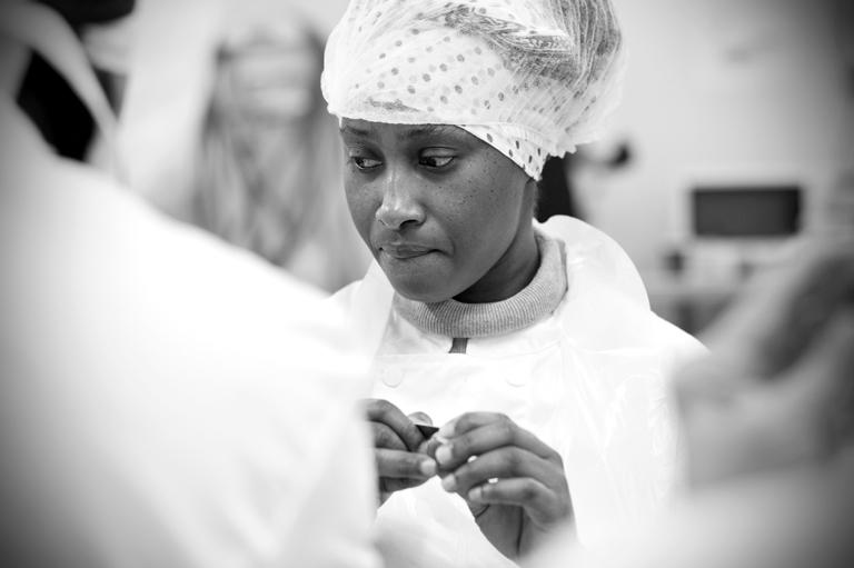 REPORTAGE : « LA TABLE DE CANA GENNEVILLIERS LA QUALITÉ AU SERVICE DE L'INSERTION » Photographies et texte Virginie de Galzain