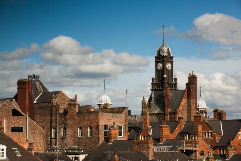 Die Dächer von York (© Radomir Rezny)